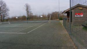 De tennis stond centraal binnen twee pitches. Hans Kelderman wees op de voordelen van een tennismuur, zodat men vaker 'alleen' een balletje kan slaan. Marcel Loeters stelde voor om op één van de twee huidige velden een beweeg- en ontmoetingsveld te maken.
